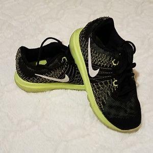 Nike 7T Black sneakers